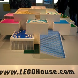 Modellino della LEGO House