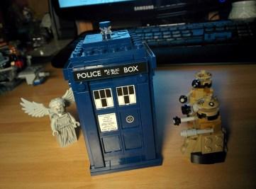 TARDIS sotto attacco.