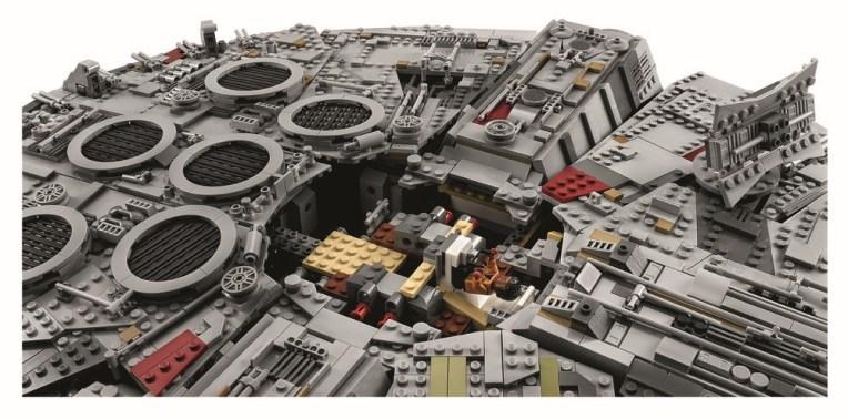 75192-millennium-falcon (17)