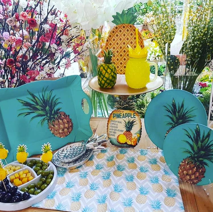 Segredo da Festa em casa tema abacaxi It Mãe