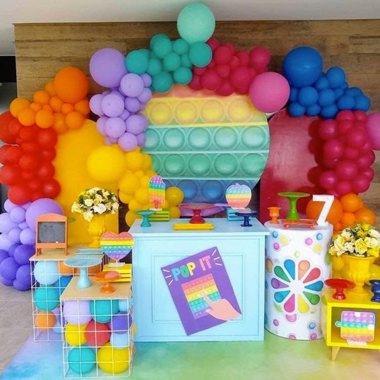 Inspiração Festa Fidget Toys - It Mãe