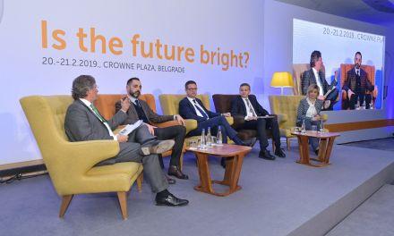 Την επιτυχημένη στρατηγική εξωστρέφειας του ελληνικού τουρισμού που προσέλκυσε περισσότερα από 400 μεγάλα επενδυτικά σχέδια την τετραετία 2015-2018 παρουσίασε ο Γ.Γ. Τουριστικής Πολιτικής & Ανάπτυξης, Γιώργος Τζιάλλας, στο Adria Tourism Forum στο Βελιγράδι