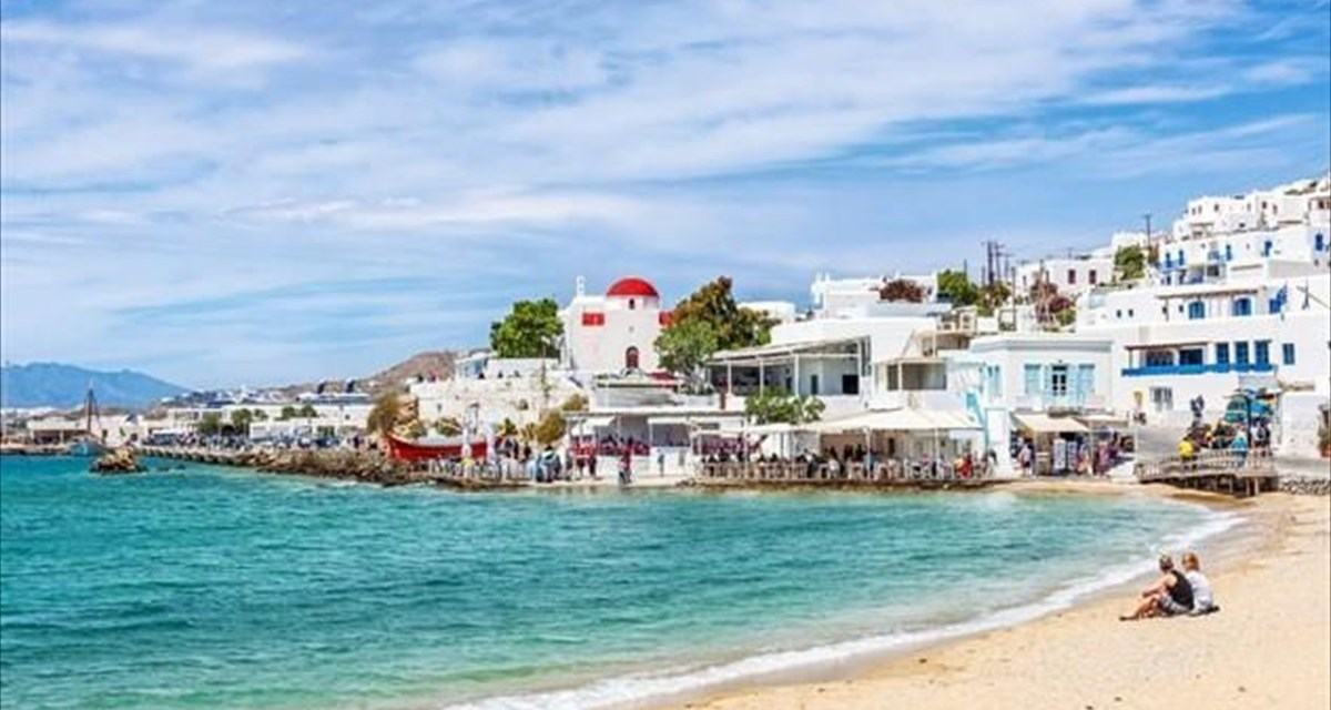 Airbnb: Οι πιο δημοφιλείς προορισμοί για το 2020, πoιο ελληνικό νησί ξεχωρίζει