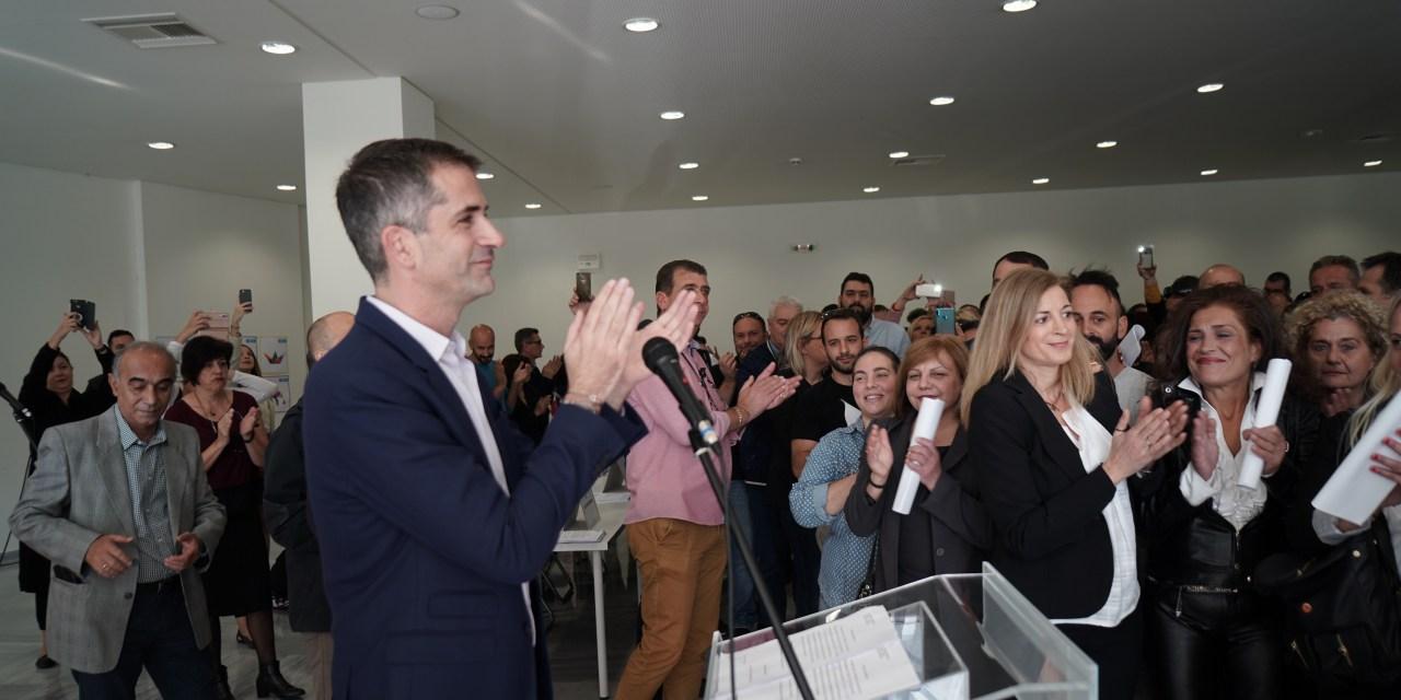 Έπιασαν δουλειά στους δρόμους της Αθήνας 388 νέοι εργαζόμενοι στην καθαριότητα Κώστας Μπακογιάννης: «Όλοι μαζί για έναν Δήμο γρήγορο, ευέλικτο, αποτελεσματικό»