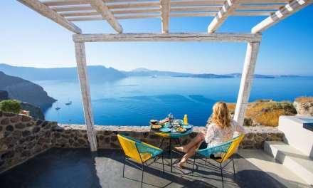 Eπαναδραστηριοποίηση του κοινωνικού τουρισμού ζητά ο ΣΥΡΙΖΑ
