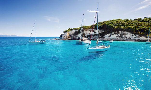 Οι Έλληνες μπορούν φέτος να επιλέξουν της διακοπές τους μέσα από τα yachting. ΚΑΡΑΧΡΗΣΤΟΣ ΓΙΩΡΓΟΣ