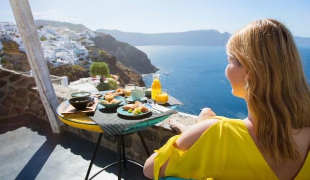 1 στους 2 Έλληνες δεν έχει την οικονομική δυνατότητα για διακοπές