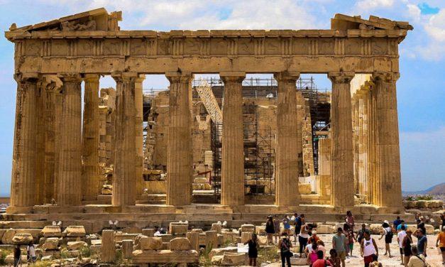 Κλειστή η Ακρόπολη σήμερα λόγω εργασιών, προκαλώντας ταλαιπωρία σε τουρ, ελλείψει έγκαιρης ενημέρωσης