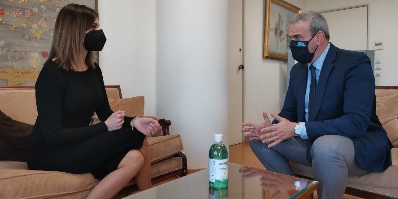 Συνάντηση του Γενικού Γραμματέα του ΕΟΤ κ. Δημήτρη Φραγκάκη με την Τομεάρχη Τουρισμού του ΣΥΡΙΖΑ και βουλευτή Θεσσαλονίκης κ. Κατερίνα Νοτοπούλου