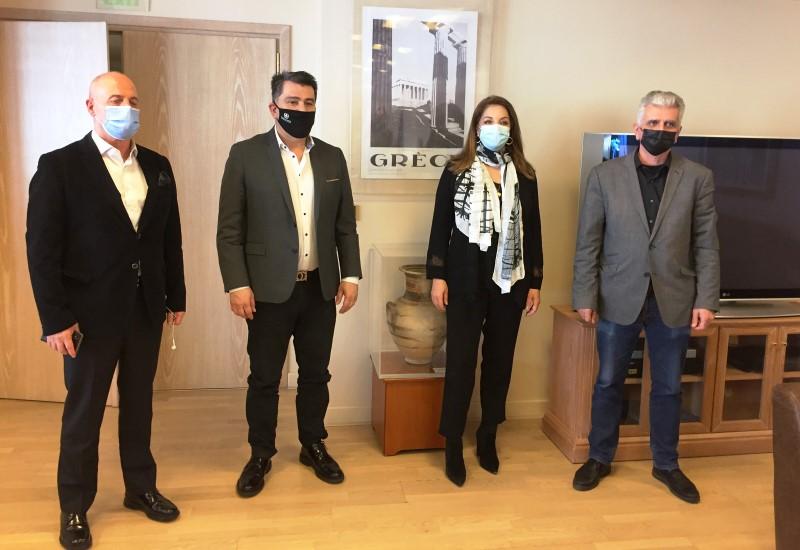 Σύσκεψη στον ΕΟΤ για την προβολή της Αθήνας στο εξωτερικό