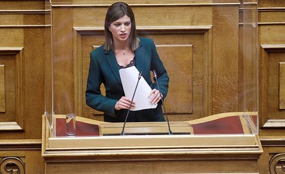 """Κ.Νοτοπούλου: Τουριστικοί Συνοδοί ,""""Άλλη μία περίπτωση που οι εξαγγελίες της Κυβέρνησης της Ν.Δ. δεν έγιναν πράξη"""""""
