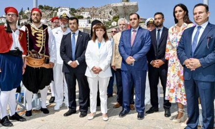 "O Υφυπουργός Ναυτιλίας και Νησιωτικής Πολιτικής κ. Κώστας Κατσαφάδος εκπρόσωπος της κυβέρνησης στα ""Μιαούλεια 21"""