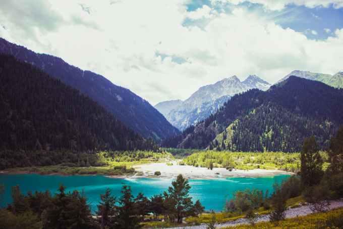 birds eye view of lake surround mountains