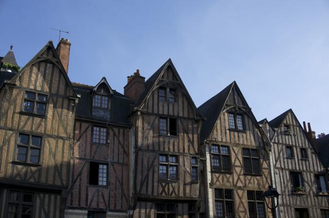 Tours - 106houses
