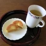 烏龍茶とパイナップルケーキで台湾を思う午後のひととき♪