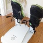 靴用脱臭除菌乾燥機リフレッシューズで男子の靴を清潔にしよう