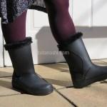ふくらはぎが太くても楽々履ける、温かいボアのミドルブーツ『crocs ColorLite mid boot w クロックス カラーライト ミッドブーツ ウィメン』
