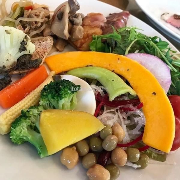 野菜たっぷりのブュッフェ♪#ランチ #lunch #ブュッフェ #buffet #品川 #shinagawa #instalover #instalovers #instalove #instafood #instafoods