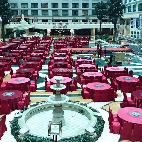 厦門での宿泊は翔鷺国際大酒店。アジア1の規模のホテルと謳っている。ロビーフロアには円卓が。全ての席に人民が座った時の喧騒は圧巻だろうな…(考えたくもない)とにかく広いホテル。.#厦門 #アモイ #中国 #ホテル #酒店 #hotel #xiamen #china #instalove #instalovers #instalover #instatravel #instatravelling #instatrip