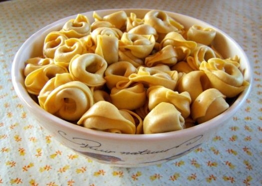 A bowl of tortellini