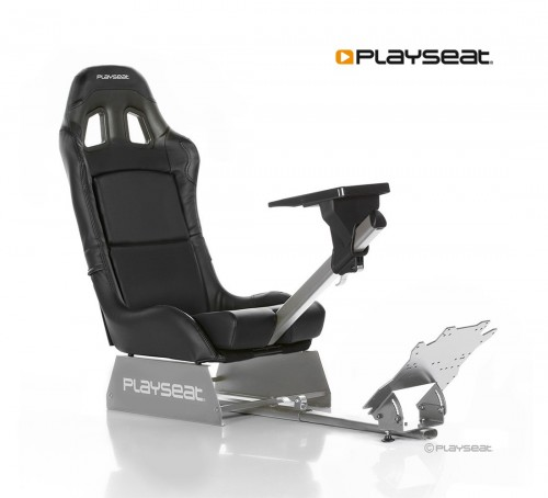 playseat-revolution_6__3