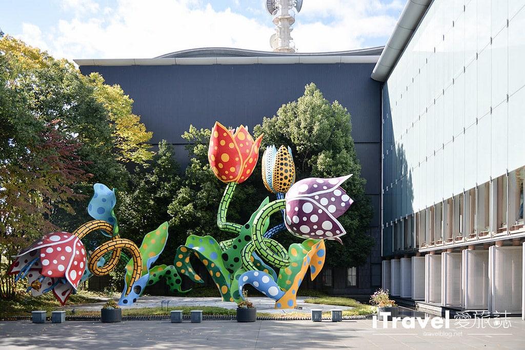 《日本長野景點》松本市美術館 Matsumoto City Museum of Art,一探草間彌生幻境作品與美食Bistro Cen time