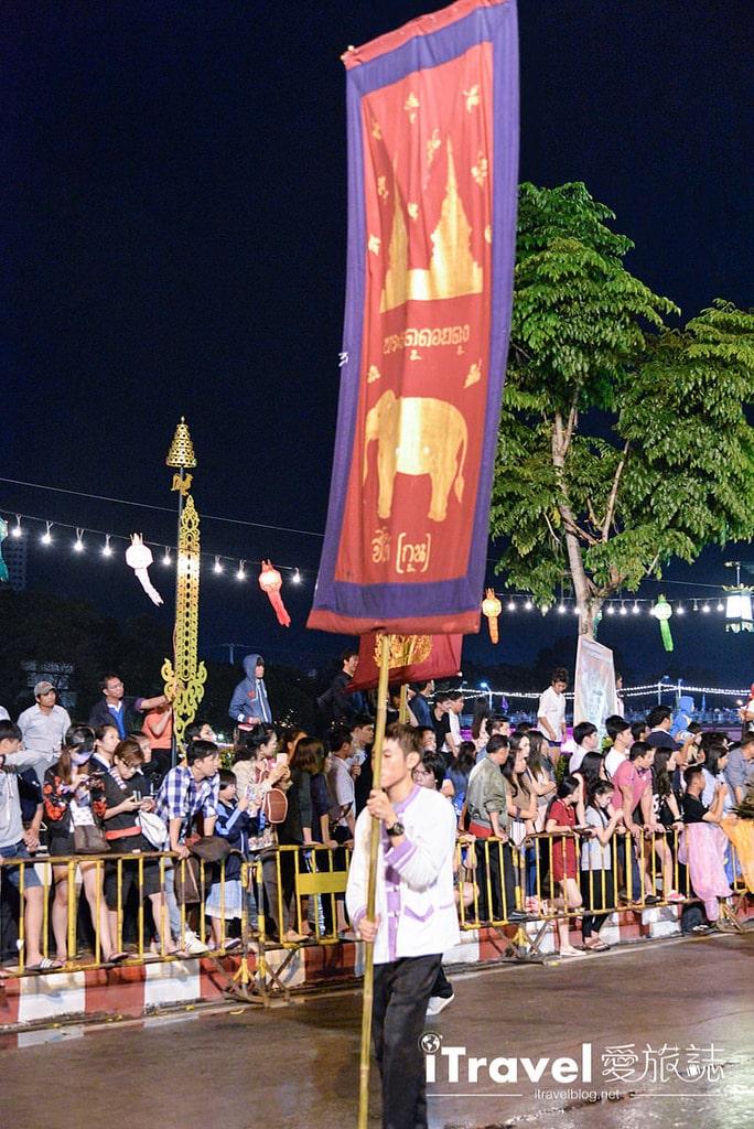 《清邁水燈節》大型水燈花車遊行:水燈節壓軸活動盛裝登場