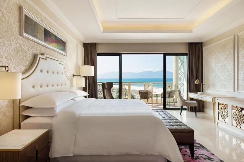 Sheraton Grand Danang Resort 3