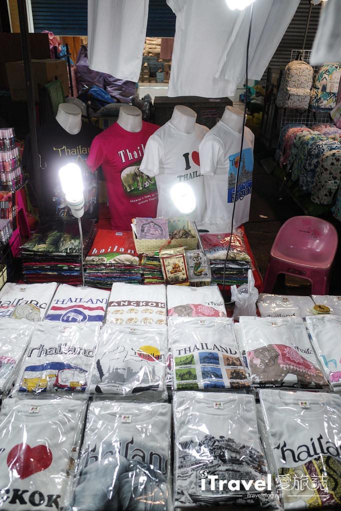 曼谷水門市場夜市 PratuNam Market (8)