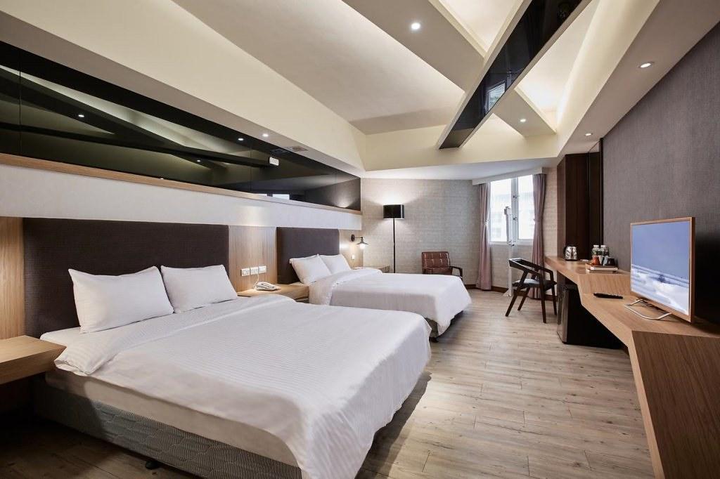 Una Baby Hotel 3