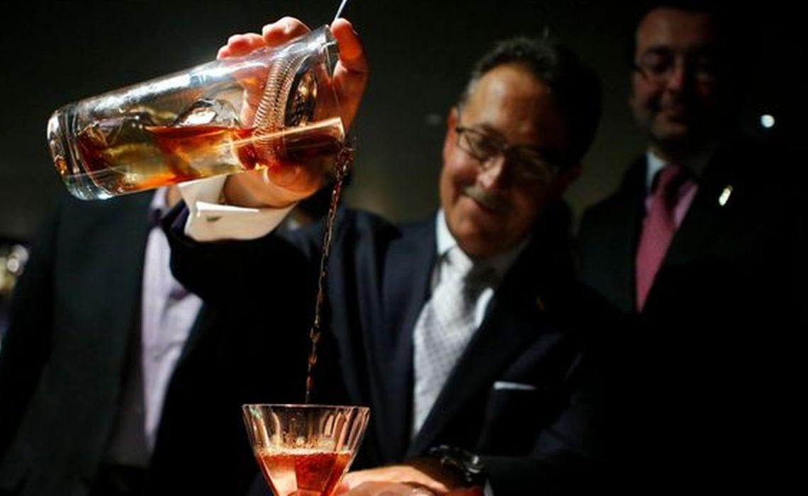Κοκτέιλ πολυτελείας με ποτά 100 ετών και τιμή7.000 ευρώ - iTravelling