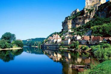 Beynac: Ταξιδεύουμε στο μεσαιωνικό χωριό της Γαλλίας - iTravelling