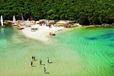 Αυτές είναι οι 10 πιο εξωτικές παραλίες και είναι στην Ελλάδα! - iTravelling