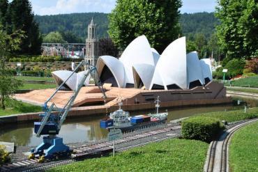 Minimundus Park: Ο γύρος του κόσμου σε μία βόλτα - iTravelling