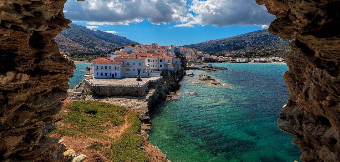 8 νησιά κοντά στην Αθήνα για το τριήμερο του Αγ. Πνεύματος - iTravelling
