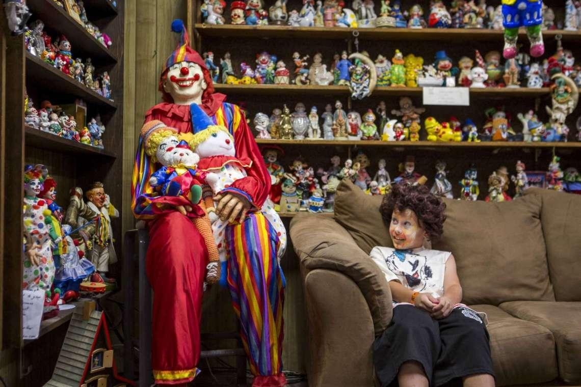 Clown motel: Κράτηση στο ξενοδοχείο του τρόμου! - iTravelling