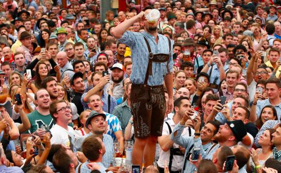 Το φεστιβάλ Oktoberfest άνοιξε τις κάνουλες και σε περιμένει στο Μόναχο! - itravelling.gr