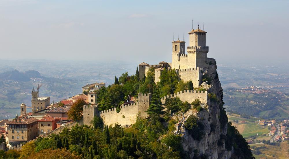 10 παραμυθένια κάστρα στην Ευρώπη - itravelling.gr