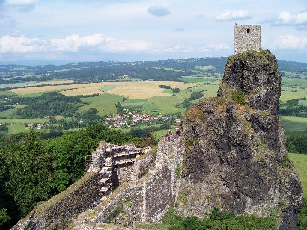Οι δίδυμοι πύργοι της Τσεχίας - itravelling.gr