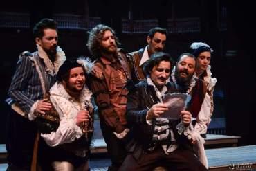 Ερωτευμένος Σαίξπηρ: Η κορυφαία παράσταση του Λονδίνου στο «ΘΕΑΤΡΟΝ» - itravelling.gr