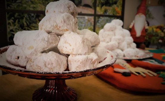 Λευκά Χριστούγεννα με κουραμπιέδες από την Εύα Παρακεντάκη - itravelling.gr