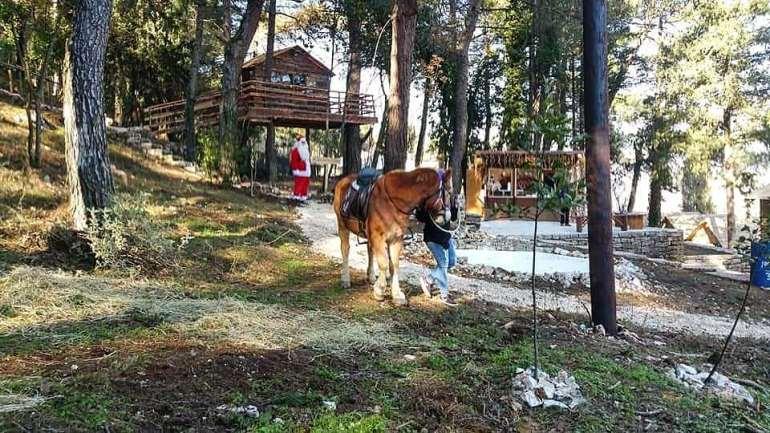 Ήρθε το Χωριό του Άι Βασίλη στα Ιωάννινα - itravelling.gr