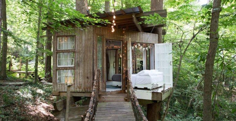 Το δεντρόσπιτο της Airbnb που όλοι ονειρεύονται να είχαν! - itravelling.gr