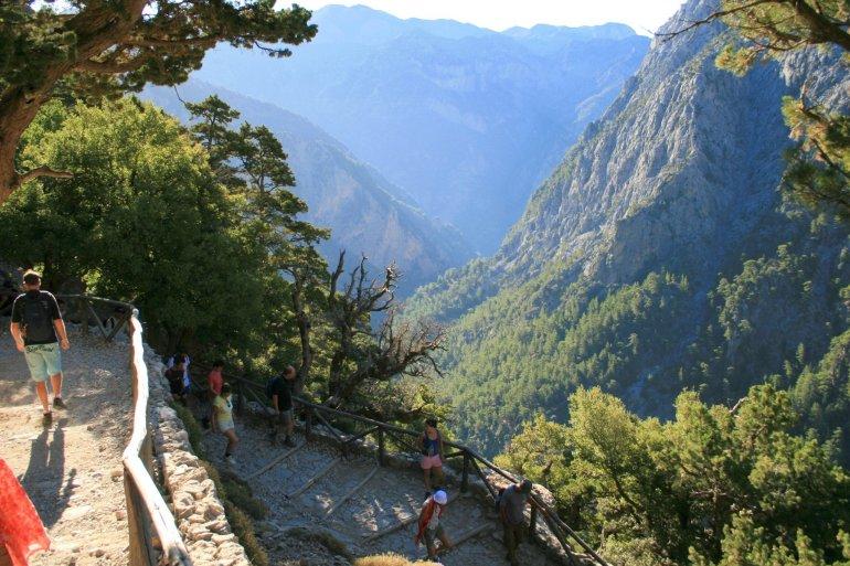 5 προορισμοί για πεζοπορία στην Ελλάδα - itravelling.gr