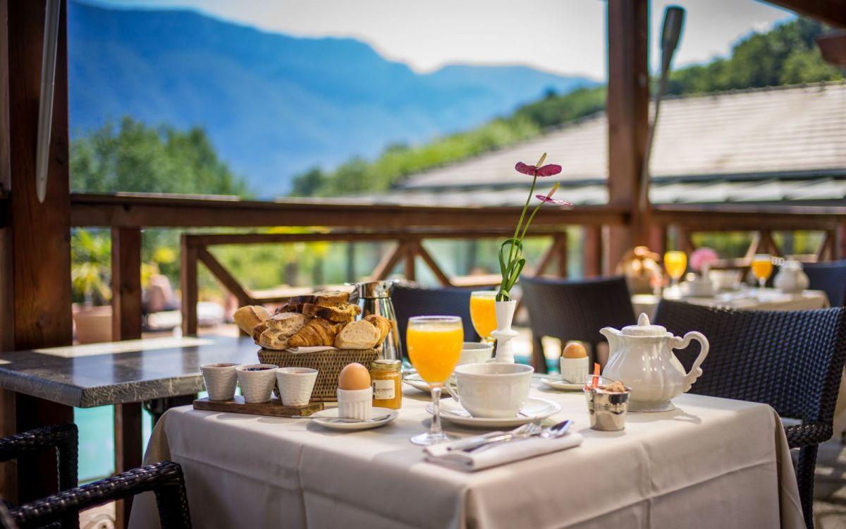 Πες μου που θα ταξιδέψεις για να σου πω τι πρωινό θα φας