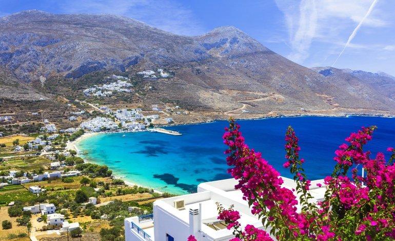 Τι θα φάμε στην Αμοργό: 7 μέρη για καλό φαγητό στο Απέραντο Γαλάζιο - itravelling.gr