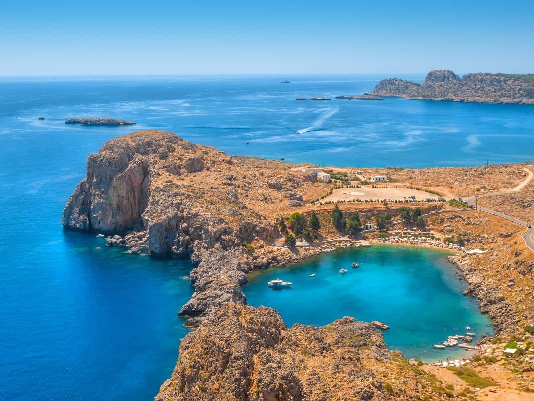 9+1 ελληνικές παραλίες για μπάνιο στον παράδεισο!