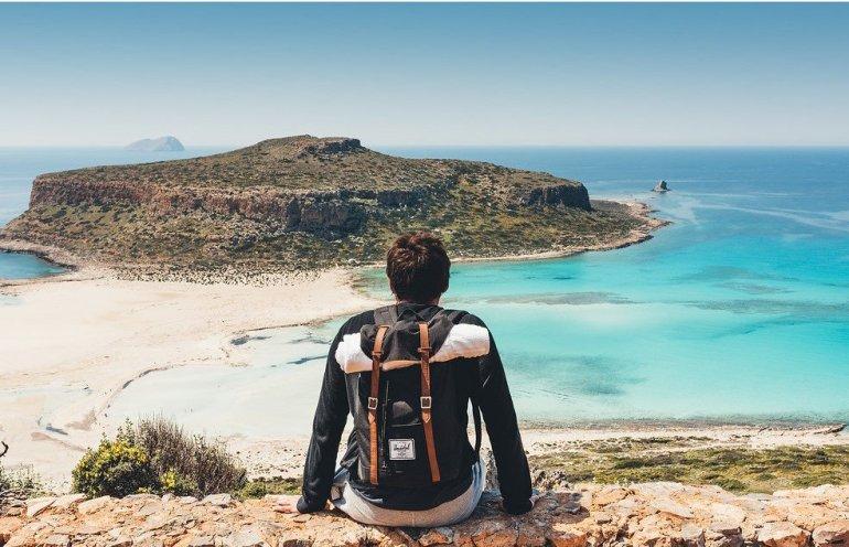 Οι 12 πιο κλισέ φωτογραφίες που βγάζουν όλοι στις διακοπές! - itravelling.gr