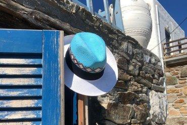 All About Hats: Καπέλα ζωγραφισμένα στο χέρι για στιλάτες εμφανίσεις - itravelling.gr