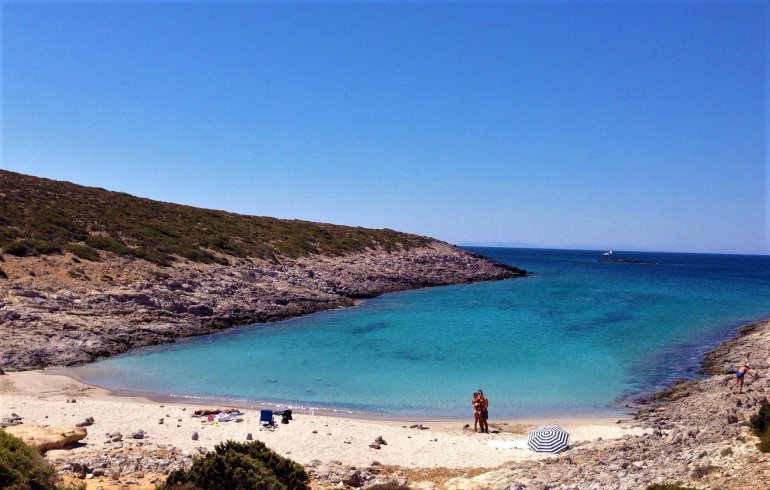 10 λόγοι για να πας διακοπές στην Αντίπαρο - itravelling.gr